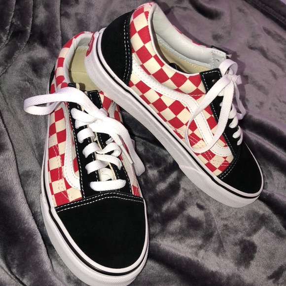 Black and red checkered vans 56a45043c